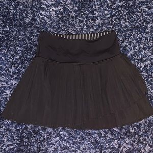 Girls ivivva black pleated tennis skort